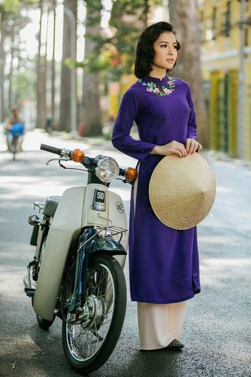 Phương Trinh Jolie lạ lẫm với hình ảnh quý cô Sài Gòn xưa - 1