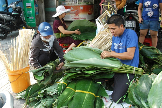 Chợ lá dong Sài Gòn tất bật những ngày giáp Tết - 2