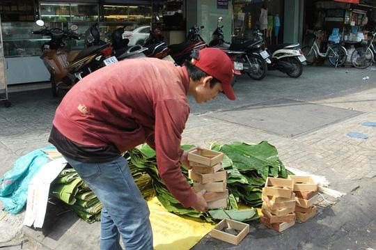 Chợ lá dong Sài Gòn tất bật những ngày giáp Tết - 5