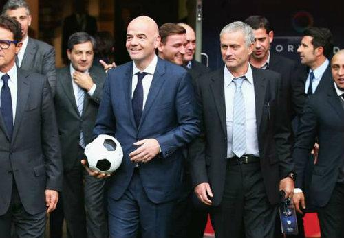 Mourinho ra tay giúp bạn thân tranh chức chủ tịch FIFA - 1