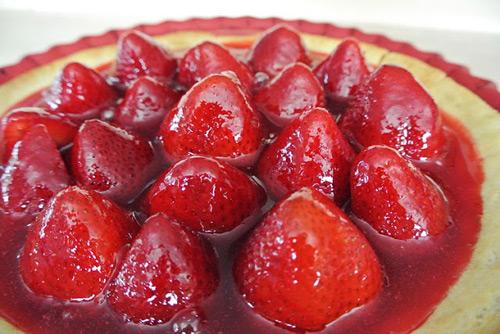 Cách làm mứt dâu tây thơm ngon, đỏ quyến rũ - 1
