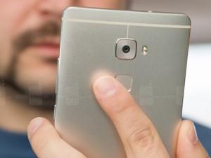 Máy quét dấu vân tay liệu đã bảo vệ smartphone hoàn toàn?