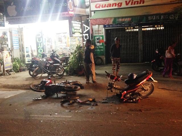Truy tìm ô tô trong vụ tai nạn chết người ở Sài Gòn - 1