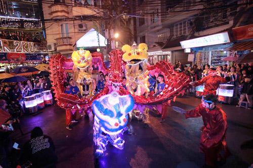 Giới trẻ Hà thành phấn khích với đêm nhạc truyền thống kết hợp hiện đại - 4