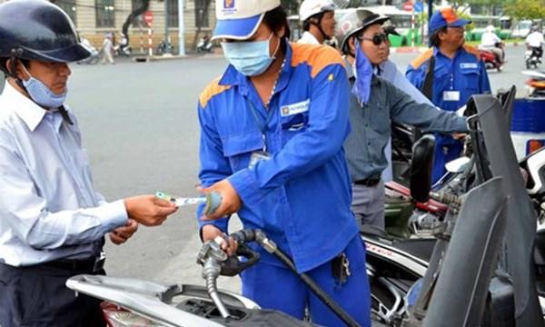 Hôm nay, giá xăng dầu trong nước sẽ giảm bao nhiêu? - 1