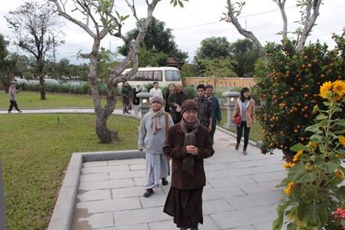 Rưng rưng tại khu tưởng niệm ông Nguyễn Bá Thanh ngày giỗ đầu - 3