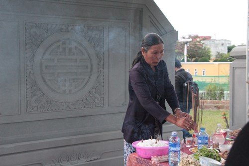 Rưng rưng tại khu tưởng niệm ông Nguyễn Bá Thanh ngày giỗ đầu - 5