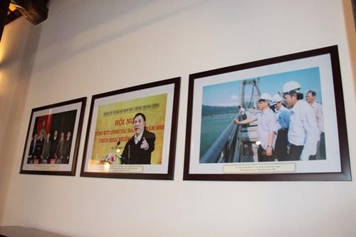 Rưng rưng tại khu tưởng niệm ông Nguyễn Bá Thanh ngày giỗ đầu - 6