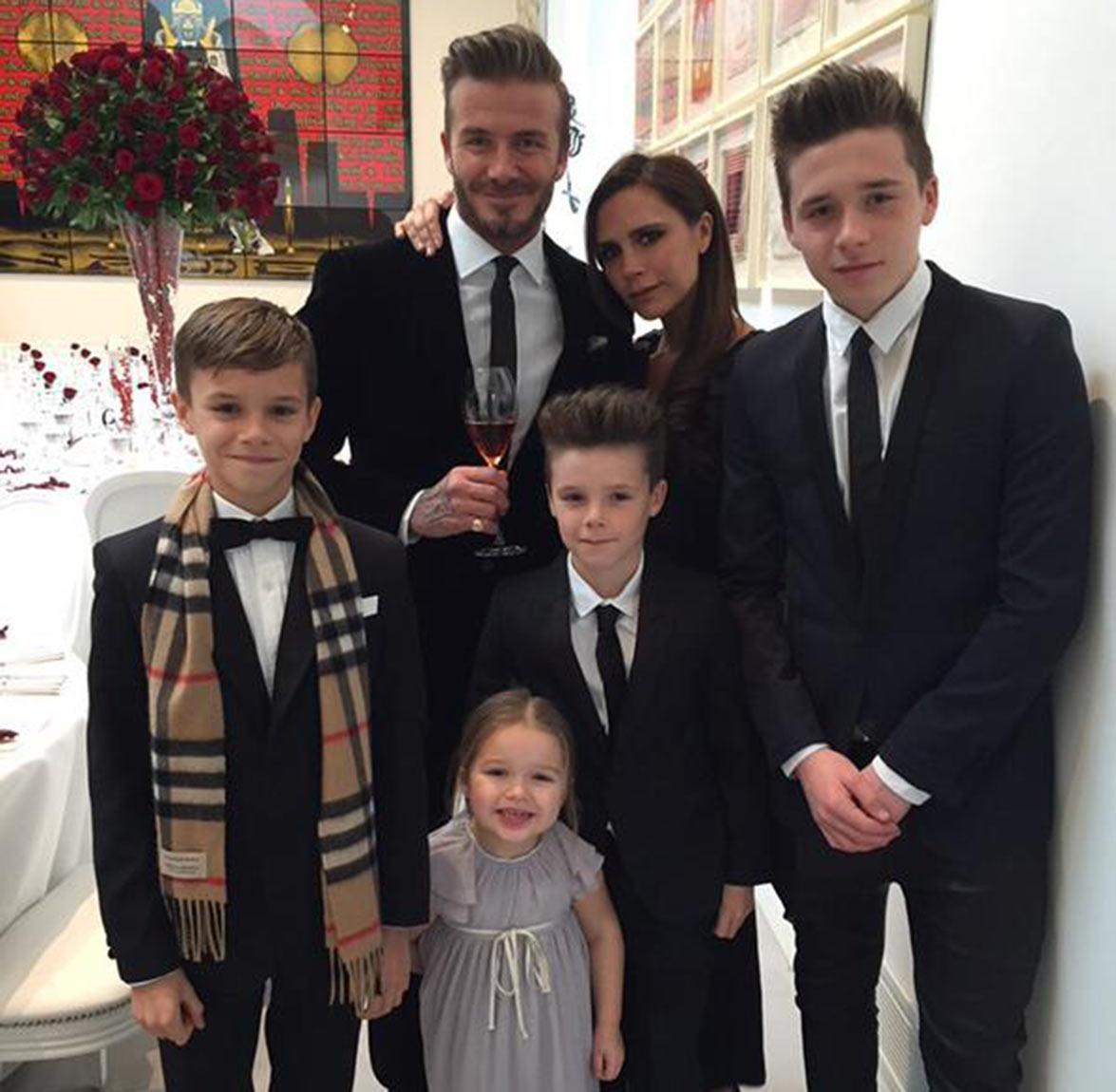 David Beckham: 'Đẹp trai quá cũng mệt' - 2