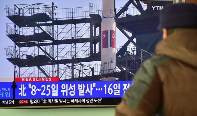 Nhật Bản tuyên bố sẵn sàng bắn hạ tên lửa Triều Tiên - 1