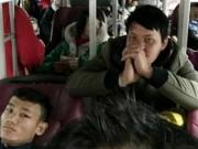 """Khi hành khách bị bắt làm """"con tin"""""""