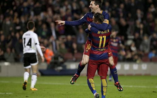 Đỉnh cao ban bật: Bộ ba MSN + Iniesta = Hoàn hảo - 1