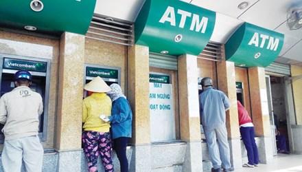 """Cận Tết, hàng loạt ATM """"đổ bệnh"""" - 1"""