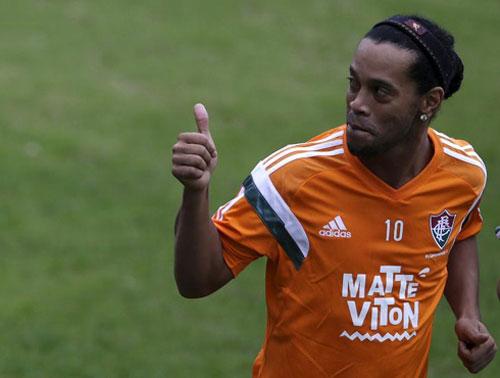 """Ronaldinho sẽ là hợp đồng """"bom tấn"""" ở Trung Quốc? - 1"""