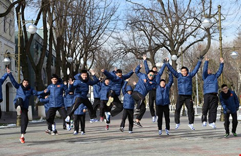Futsal VN dự giải châu Á: Khổ luyện nơi không có tết - 1