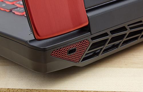 Đánh giá laptop 'chiến đấu' MSI GT72 Dominator Pro Dragon Edition - 8