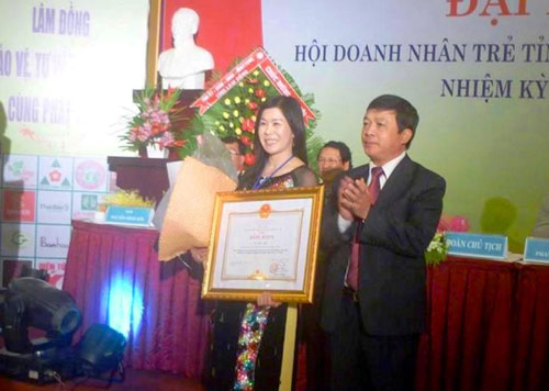 Thi thể doanh nhân Hà Thúy Linh về tới Đà Lạt - 5
