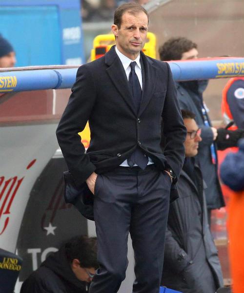 Thay Hiddink mùa tới: Chelsea chọn HLV Juventus - 1