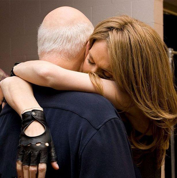 Celine Dion không ngừng rơi lệ trong đêm vinh danh chồng - 2