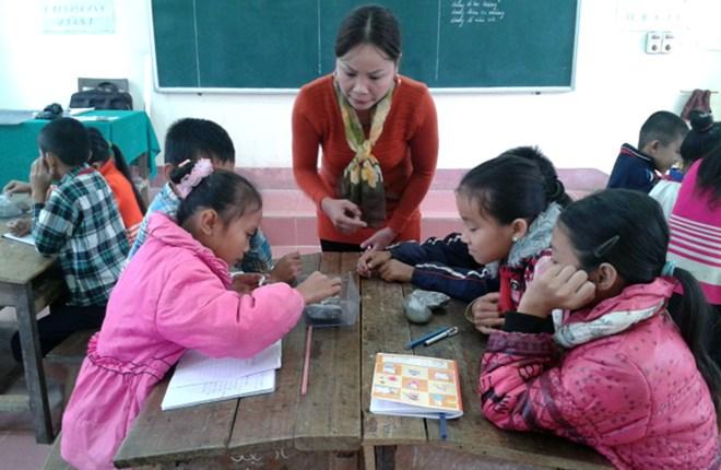 Giáo viên Hà Nội nhận thưởng Tết tượng trưng: Ai phải thấy xấu hổ? - 1