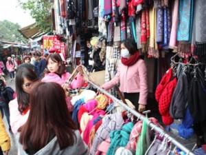 5 phố, chợ thời trang tấp nập khách khi tết về