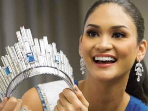 Hoa hậu Hoàn vũ từ chối trả thuế cho vương miện 6 tỷ
