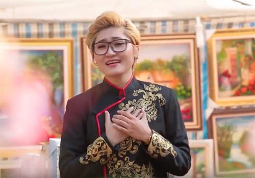 Trò cưng Mr. Đàm mặc áo dài vẫn 'chuẩn man' trong MV Tết - 1