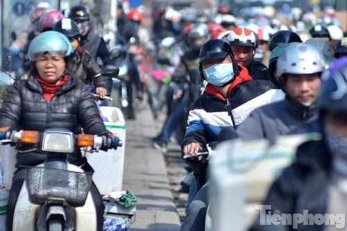 HN: Ùn tắc kinh hoàng trên đường Giải Phóng ngày 28 Tết - 11
