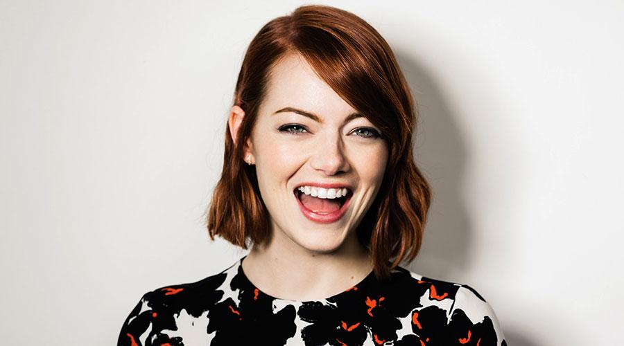 Top 10 cô nàng 'nhìn là cười' làng giải trí thế giới - 3