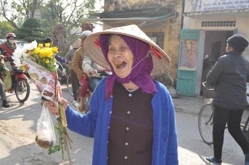 Đi chợ phiên Đông Biên lớn nhất cuối cùng trong năm - 12