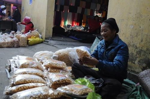 Đi chợ phiên Đông Biên lớn nhất cuối cùng trong năm - 7
