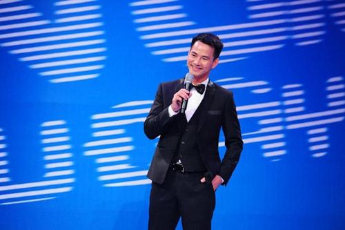 Danh hài Hoài Linh kiếm tiền 'khủng' nhất năm 2015 - 5