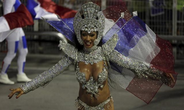 Bất chấp virus Zika, Brazil tổ chức carnival hoành tráng - 7