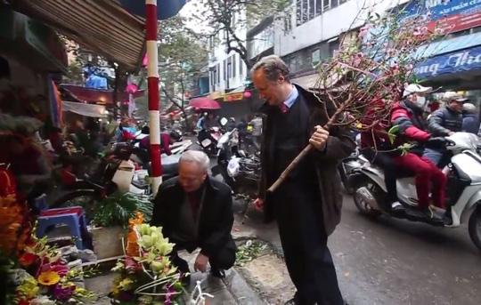 Đại sứ EU kể chuyện làm rể Việt Nam - 4