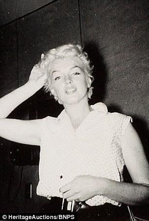 Fan cuồng tiết lộ bộ ảnh của nữ hoàng sexy Marilyn Monroe - 8