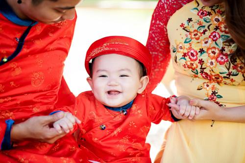 Gia đình Khánh Thi rạng rỡ diện áo dài du xuân - 4