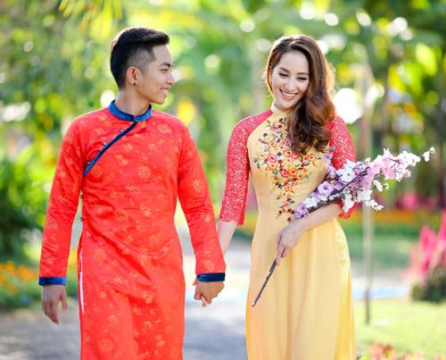 Gia đình Khánh Thi rạng rỡ diện áo dài du xuân - 7