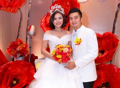 Showbiz Việt đầu năm 2016: Người hạnh phúc, kẻ tan vỡ - 1