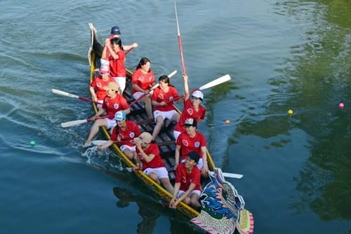 Bình Định: Sôi nổi lễ hội đua thuyền - 11