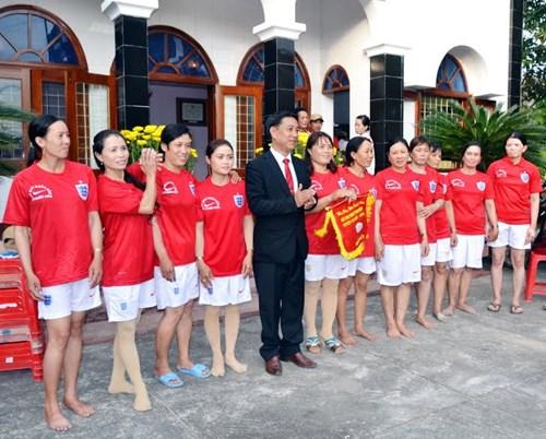 Bình Định: Sôi nổi lễ hội đua thuyền - 12
