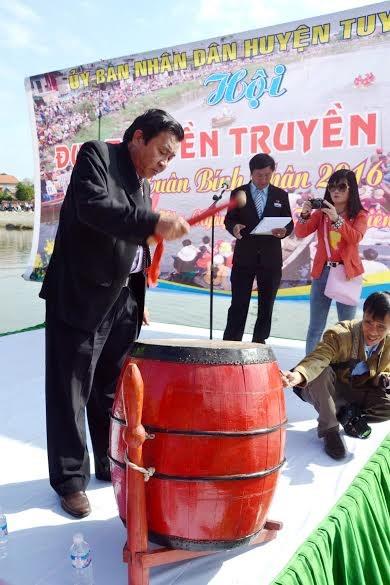 Bình Định: Sôi nổi lễ hội đua thuyền - 5