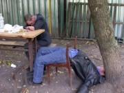 Tin tức trong ngày - Uống quá nhiều rượu ngày Tết, 1 người tử vong