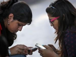 Năm 2020, lượng người dùng điện thoại sẽ áp đảo người có điện dùng