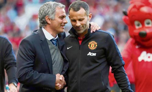 Nửa đội hình MU không muốn Mourinho thay Van Gaal - 1