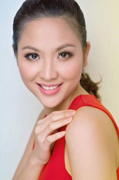Chuyện đời Hoa hậu tuổi Thân duy nhất của Việt Nam - 2