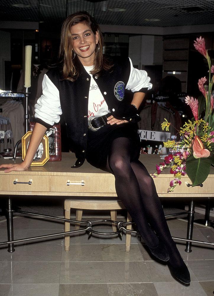 Phong cách sexy vượt thời gian của Cindy Crawford - 3
