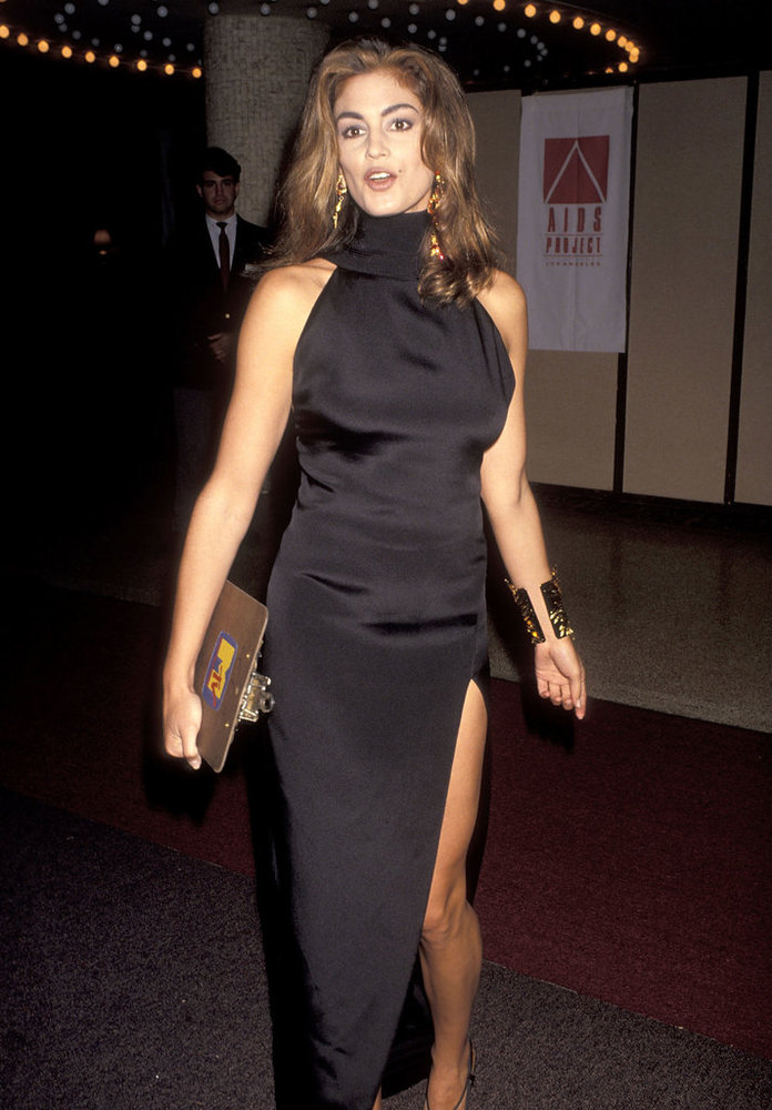 Phong cách sexy vượt thời gian của Cindy Crawford - 4
