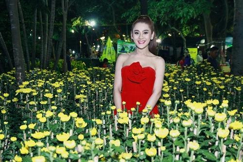 'Công chúa' Lâm Chi Khanh yêu kiều đón xuân - 1