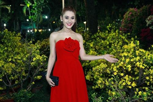 'Công chúa' Lâm Chi Khanh yêu kiều đón xuân - 13