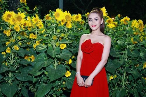 'Công chúa' Lâm Chi Khanh yêu kiều đón xuân - 2